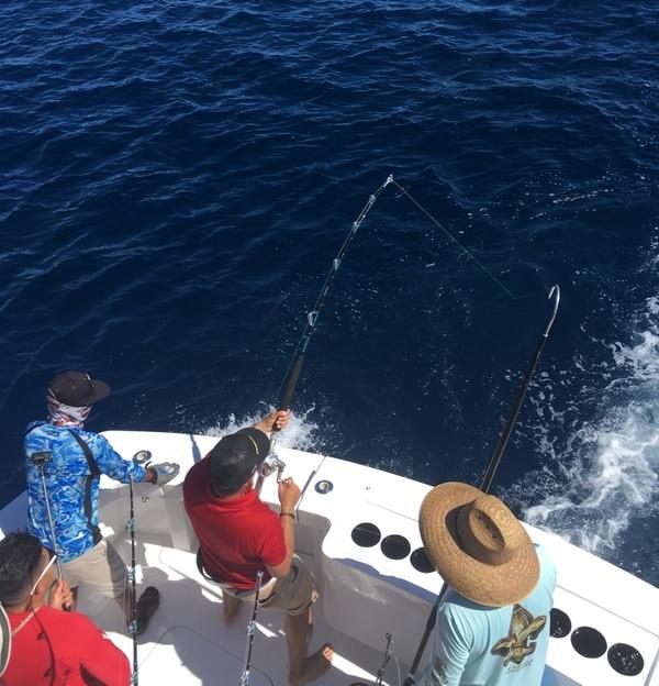La pesca deportiva es uno de los tours que ha ganado muchos adeptos en Costa Rica. Foto: Gerardo González.