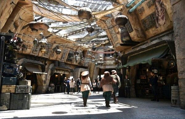 Star Wars: Galaxy's Edge en Disneyland (Foto por Chris Pizzello/Invision/AP)