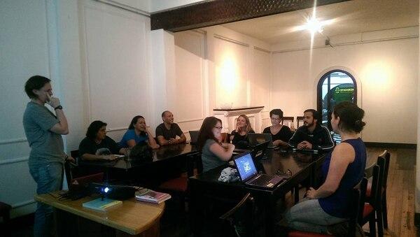 Sesión de junio de wikifemhackercr