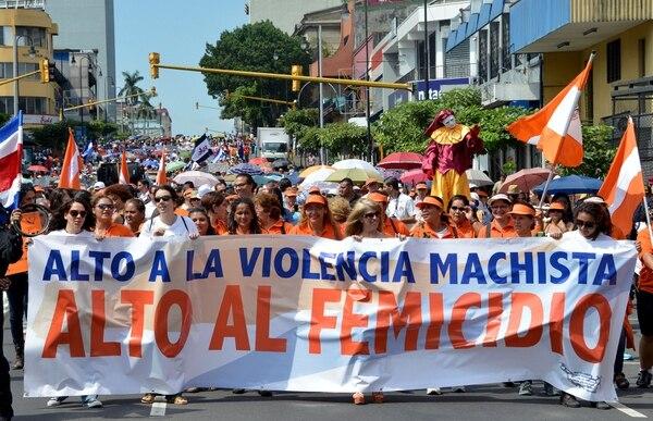 Marcha del Día Internacional de la Eliminación de la Violencia contra la Mujer en San José