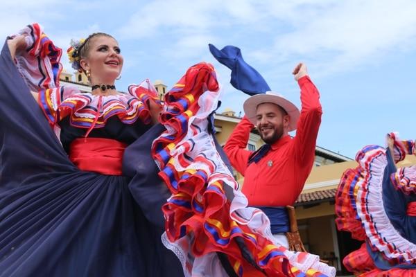 Banda Municipal de Zarcero recibe acreditación para Desfile de las Rosas 2020
