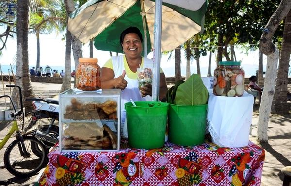 En el paseo de los turista la vendedora de vigorón, Maria Eugenia Soto / Foto Alonso Tenorio