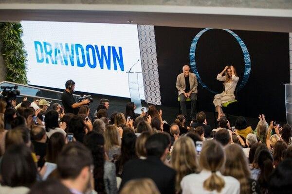 Gisele Bündchen y Paul Hawken (autor de 'Drawdown') fueron conferencistas del primer día del Omina Summit. Fotografía Alejandro Gamboa Madrigal.