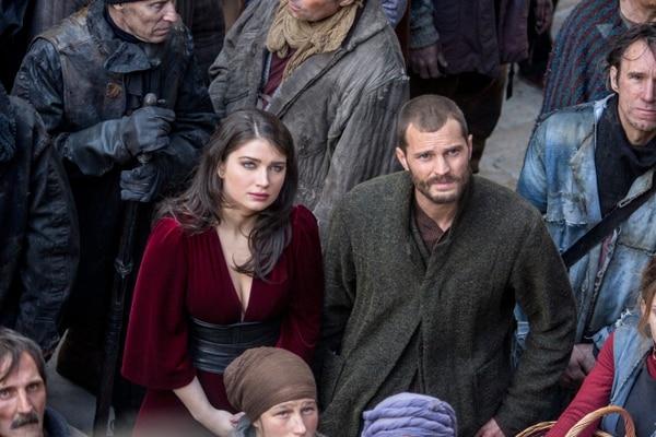 Marian (Eve Hewson) y Will (Jamie Dornan) en Robin Hood. Foto: Larry Horricks.