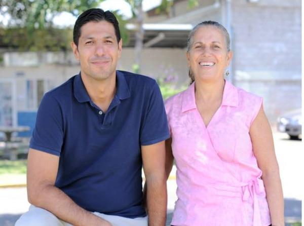 Esteban Bermúdez, gestor ambiental y Nydia Rodríguez, directora de la Asociación Terra Nostra, son parte de los profesionales dedicados a capacitar, motivar y realizar campañas de limpieza y educación ambiental.